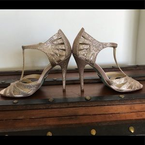 Sparkly Champagne Betsey Johnson Heels size 7.5